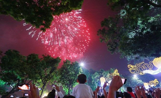 Địa điểm bắn pháo hoa Tết Nguyên Đán Mậu Tuất 2018 tại Hà Nội