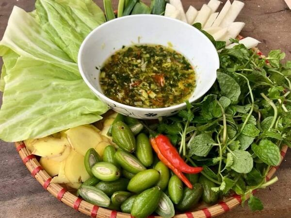 bắp cải chấm nhót xanh