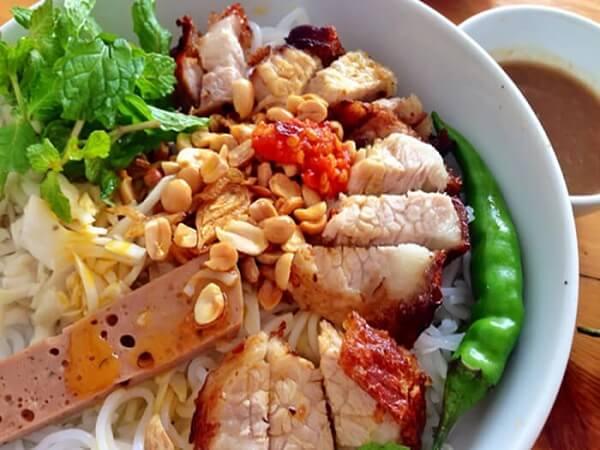 Bún mắm nêm, đặc sản Ninh Thuận
