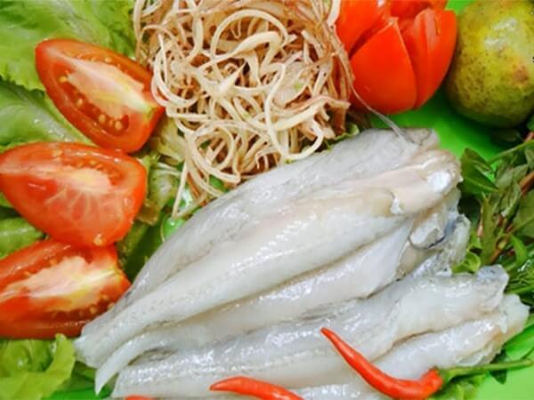 Lẩu cá khoai đặc sản Quảng Bình