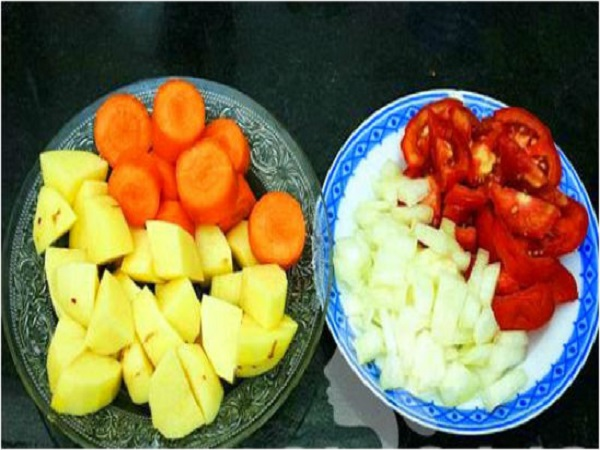 rau củ nấu món bò sốt vang