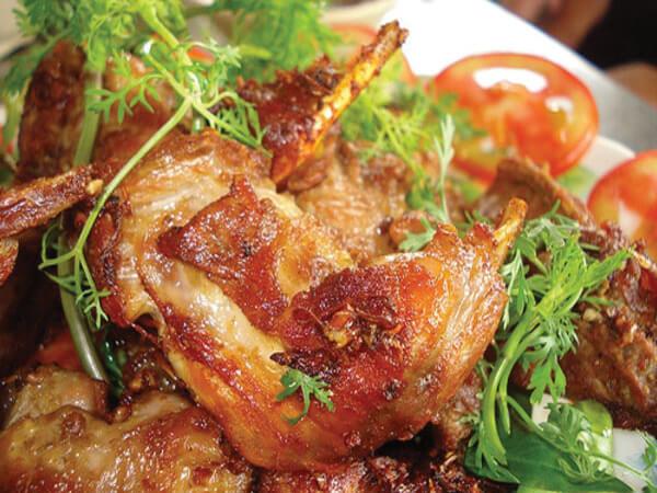 Thịt dơi xào lăn, đặc sản Đồng Nai