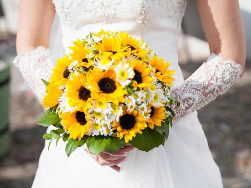 ý nghĩa hoa cưới hướng dương