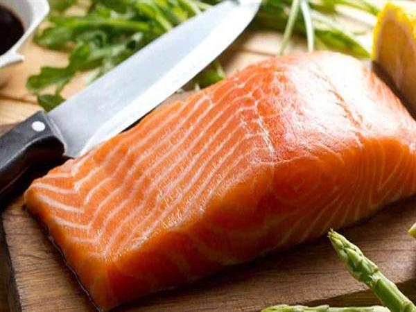 nguyên liệu 200g cá hồi