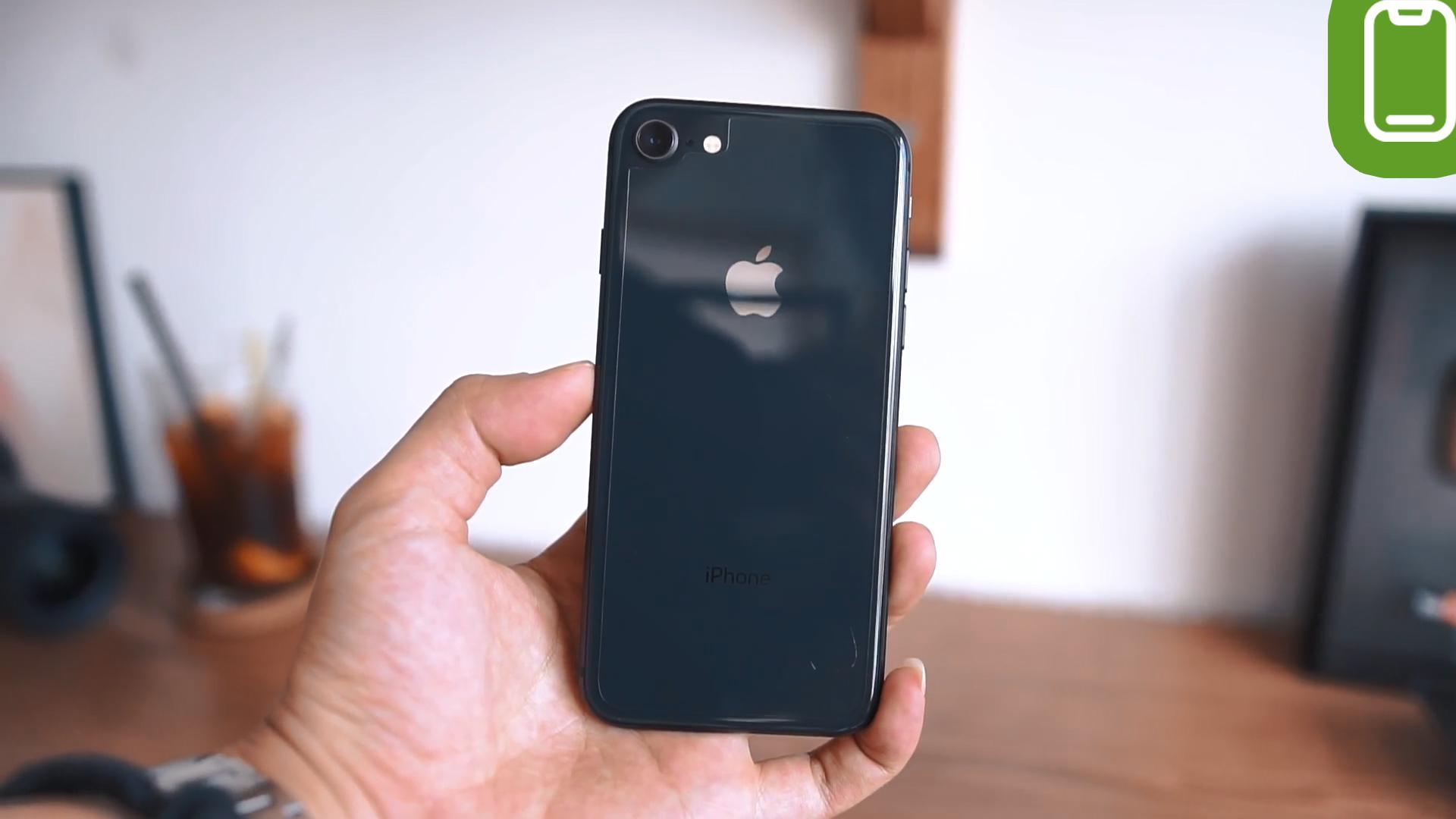 Đánh giá chi tiết iPhone 8 - Ảnh 1