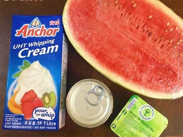 nguyên liệu cho món kem dưa hấu