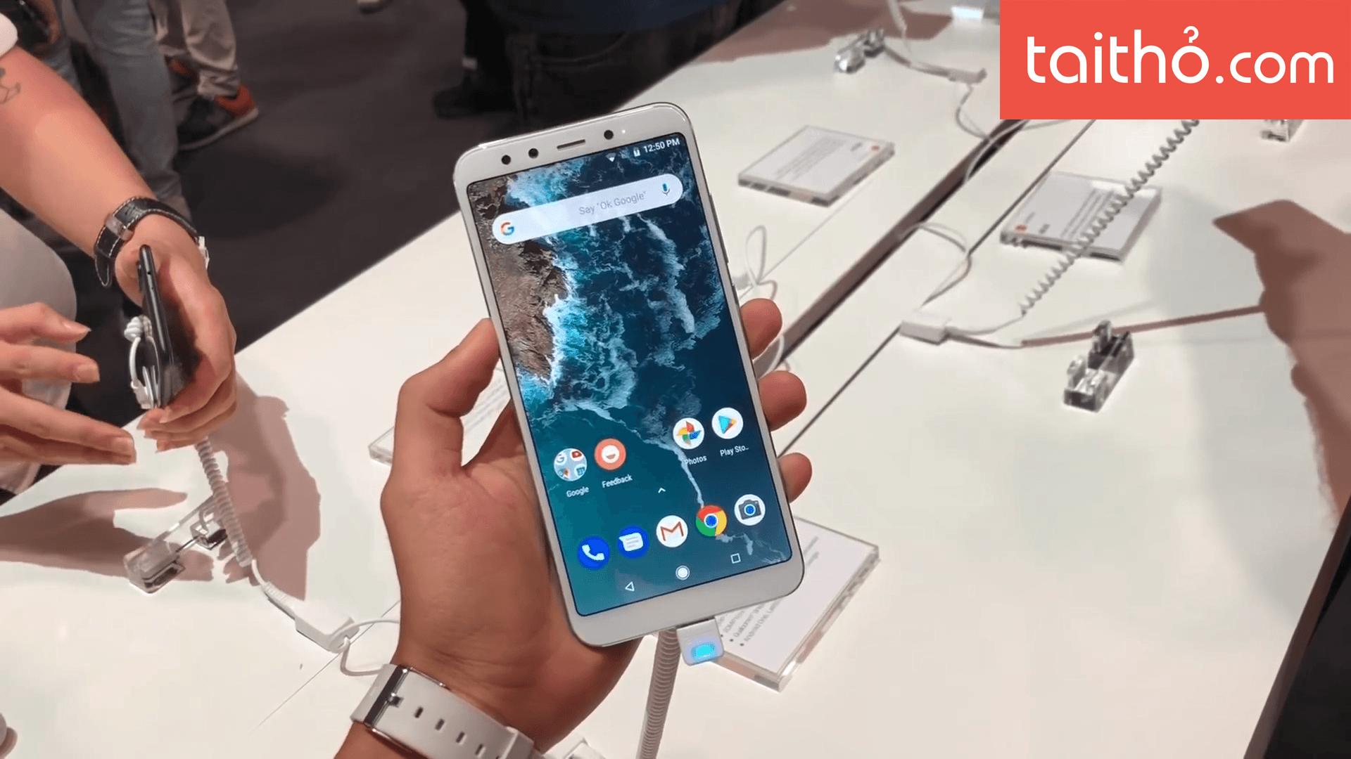 Đánh giá chi tiết Xiaomi Mi A2 - Ảnh 1