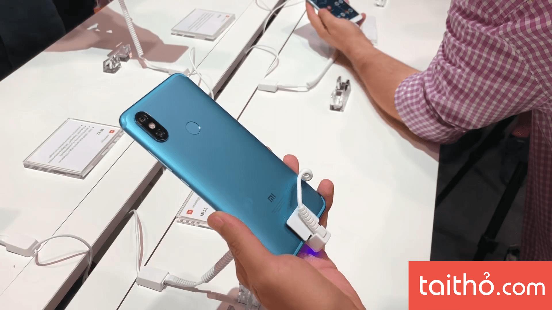 Đánh giá chi tiết Xiaomi Mi A2 - Ảnh 2
