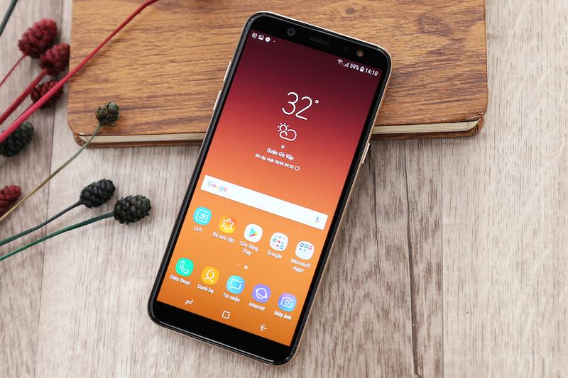 Màn hình Samsung Galaxy A6 2018 Gold