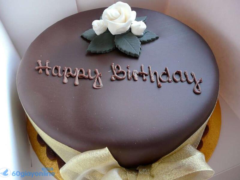 Bánh sinh nhật không thể thiếu trong ngày này
