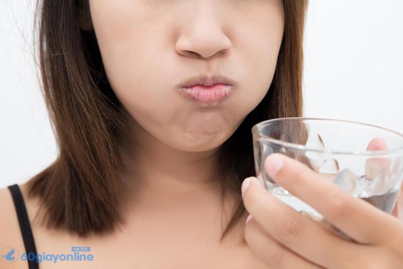 Có thể thường xuyên sử dụng muối ăn để chữa nhức răng tại nhà.