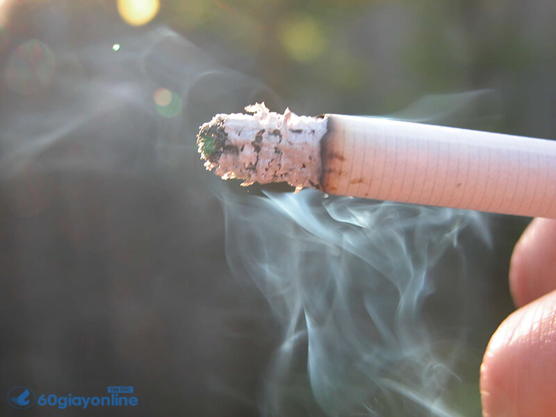 Hút thuốc là khiến cho phổi bị tắc nghẽn