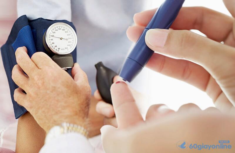 Câu hỏi đặt ra là: Lượng đường trong máu cao thì sẽ gây khó khăn gì trong việc đi vệ sinh?