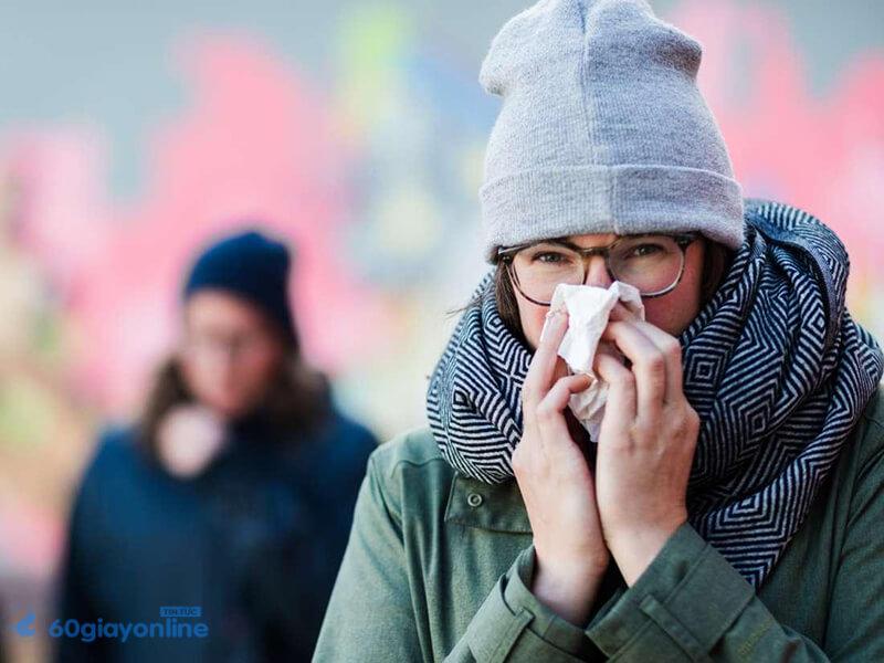 Ho kèm sốt chính là dấu hiệu của viêm phổi