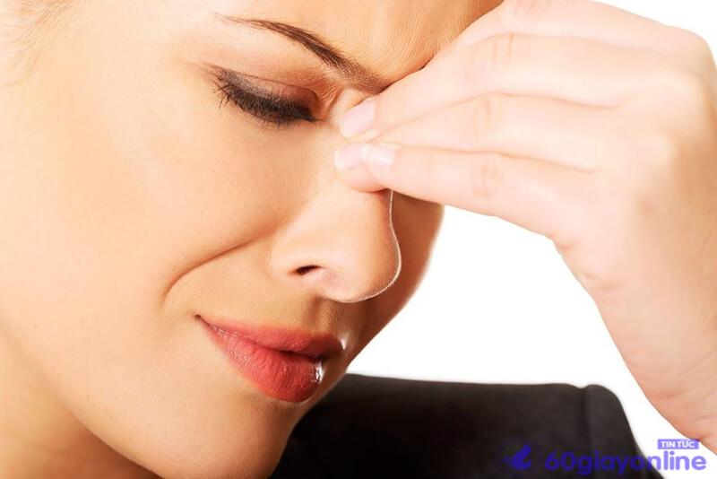 Viêm xoang thường kéo theo những con nhức đầu