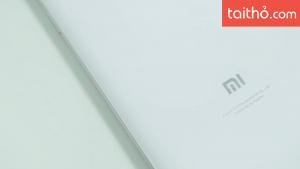 Đánh giá chi tiết Xiaomi Mi 8 - Ảnh 2